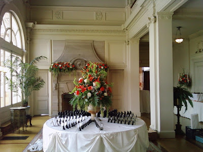 Wedding card table at the Cairnwood Estate with flowers by Stein Your Florist Co.