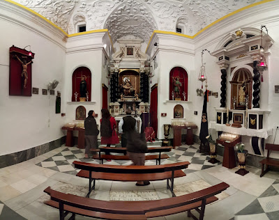 Getting a private tour of all things del virgen Angustias