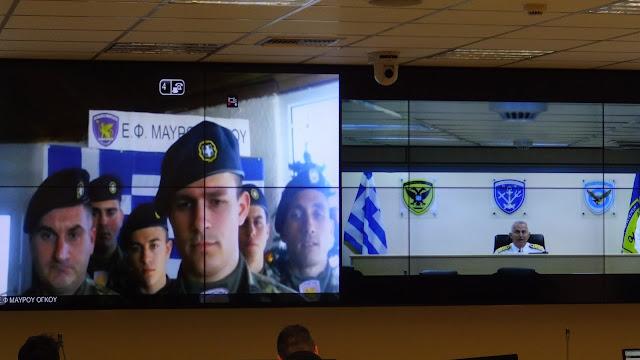 Ευχές Αποστολάκη μέσω βιντεο-κλήσης με τους φρουρούς των συνόρων!