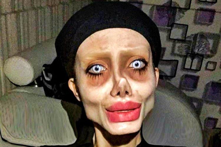 Sahar Tabar, Angelina Jolie'ye benzemek için 50 plastik cerrahi ameliyata girdi.