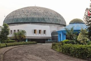 http://www.teluklove.com/2017/05/pesona-keindahan-wisata-museum_70.html