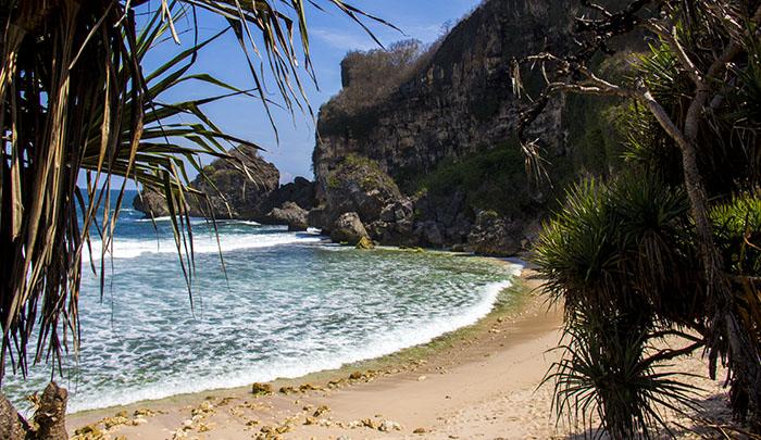 Pantai Krokoh yang Sepi