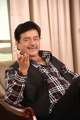Anything But Khamosh Pre-launch Of Shatrughan Sinha Biography