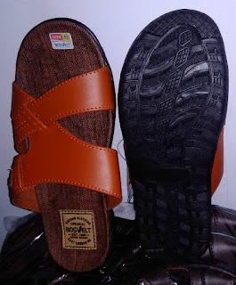 pengrajin sandal sidoarjo