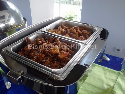 review catering bandung