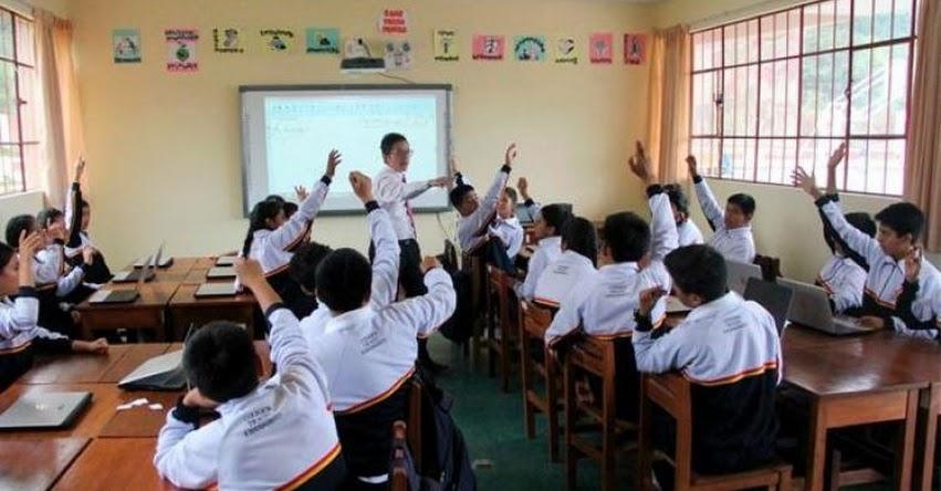Clases escolares presenciales no volverán hasta que no tengamos un tratamiento confirmado o una vacuna, informó el Presidente Martín Vizcarra [VIDEO]