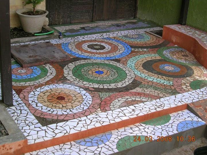 model pemasangan keramik teras