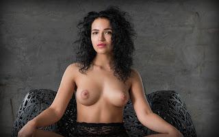 赤裸的黑发 - Yulianna-S02-020.jpg
