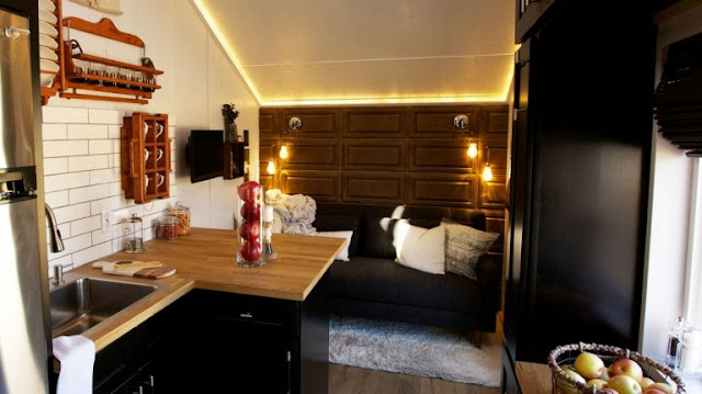 modern minimalist tiny house