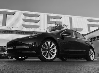 السيارة الكهربائية رخيصة الثمن tesla model 3  تدخل مرحلة الإنتاج!