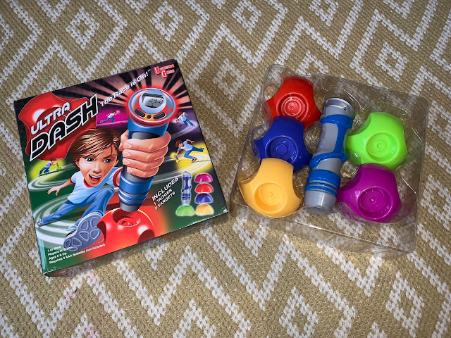 Ultra Dash The Race is on Game box packaging and box contents (handset and 5 coloured targets)