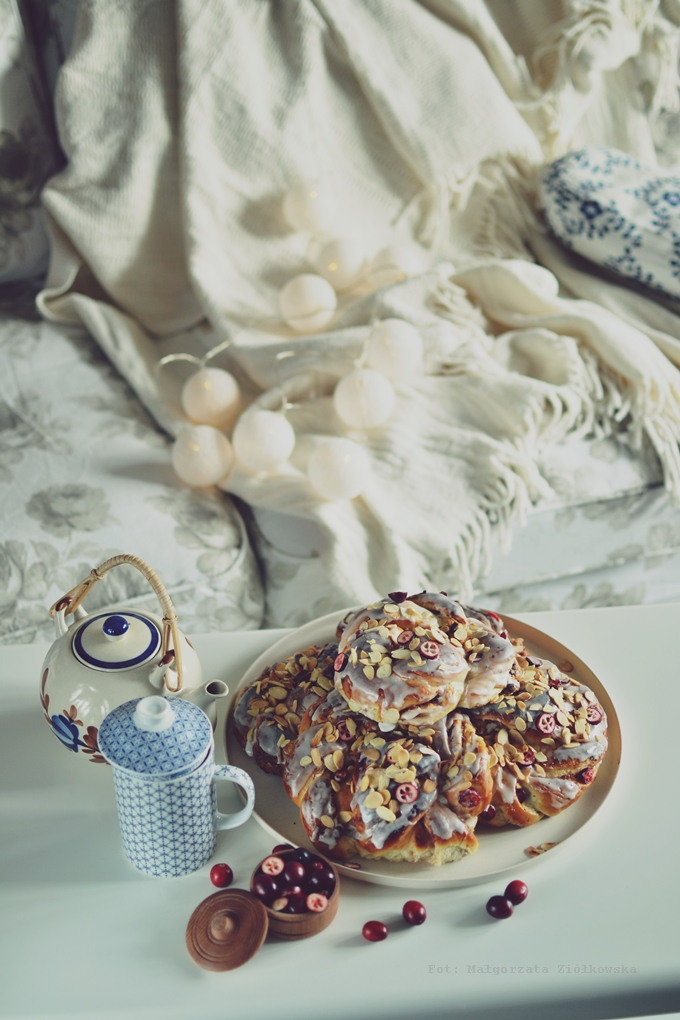 Möndlusnúdar z cyklu Wypiekanie na śniadanie