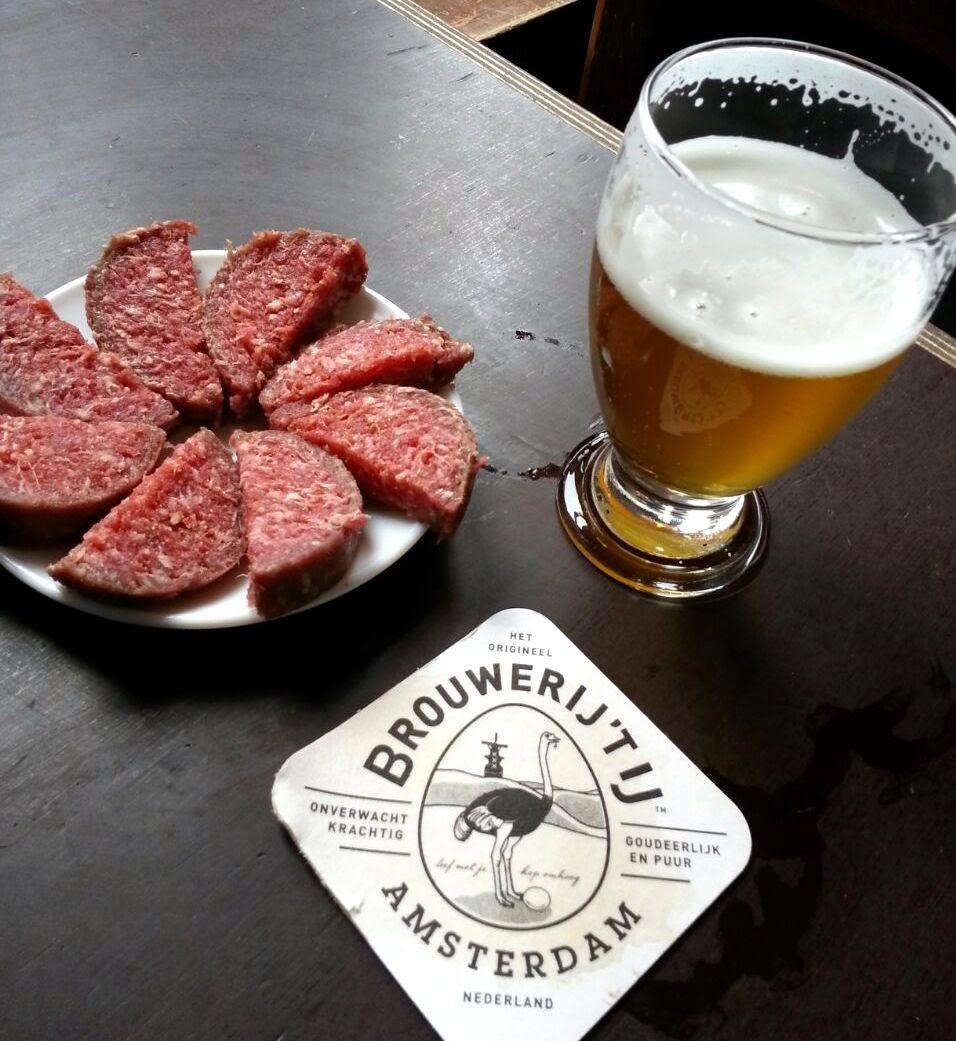 Bebidas e comidas da Holanda e Amsterdam
