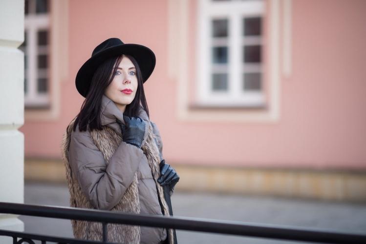 portret-w-kapeluszu-blog-modowy
