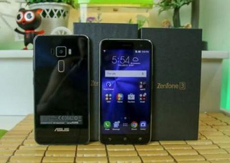 Perbandingan Asus Zenfone 3 ZE552KL vs. ZE520KL