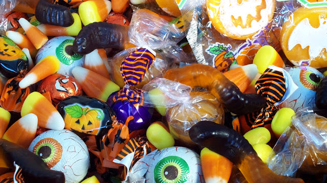 5 Ways to Get Rid of the Halloween Treats