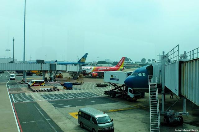 タンソンニャット国際空港 Tan son nhat International Airport