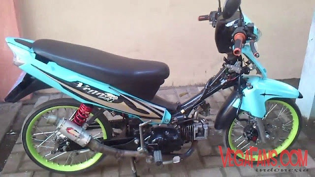 Modifikasi Vega R New Biru Standar Ban Cacing Ala Racing