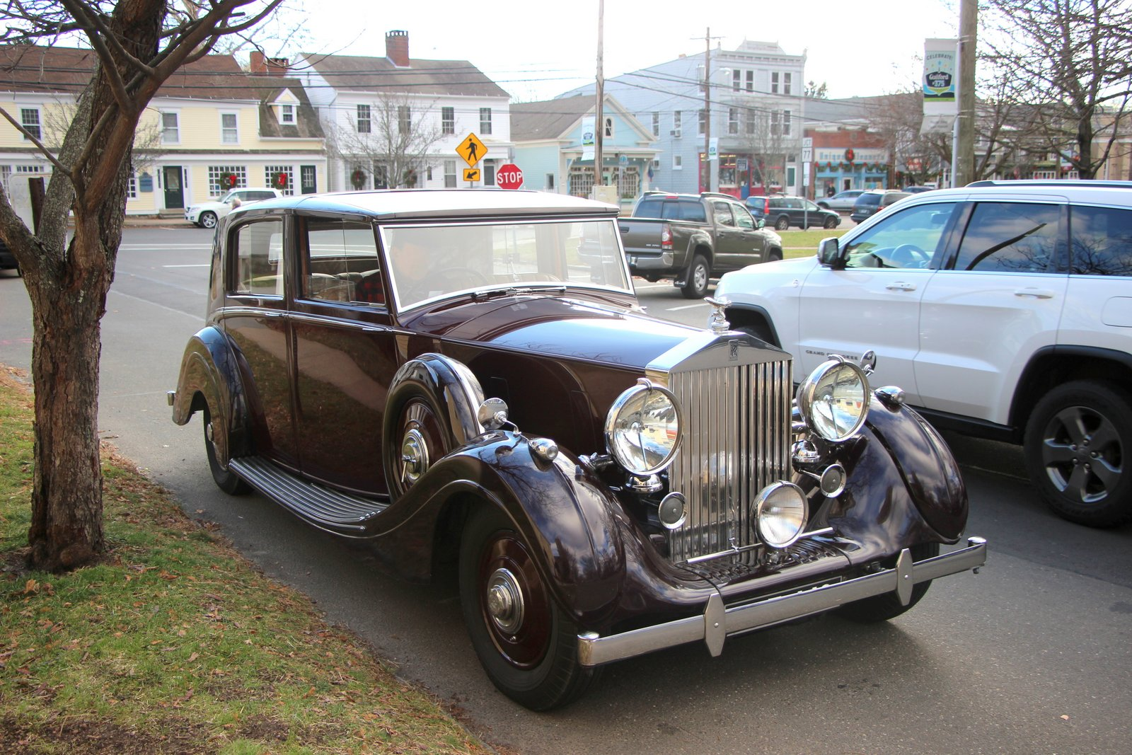 Salt water new england a 1939 rolls royce motor car on for New england motor car