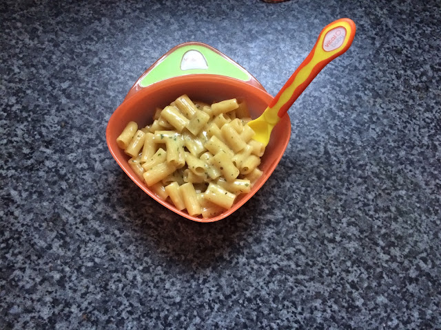 vital baby orange bowl with spoon