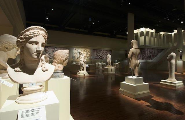 Coleção de deuses do Museu Pergamon em Berlim