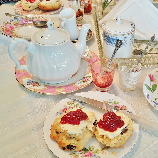 Cakestand & Crumb Tea Room scones