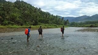 Antara Air Terjun dan Pantai Bersama, Air Terjun Banyu Anjlok Pantai Bolu-Bolu