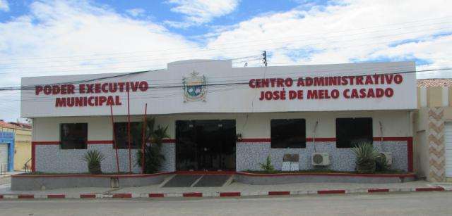 Prefeitura de Olho D' Água do Casado paga salários dos servidores referente ao mês de junho