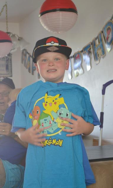 Throwing A Pokemon Birthday Party, Pokemon Birthday Party, Pokemon party food, Pokemon party ideas, Pokemon party decorations, how to plan a pokemon party, kids Pokemon birthday party, How to make a Pokeball, Pokemon crafts
