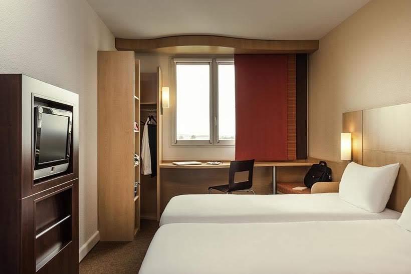 Hotel Ibis Torre Eiffel - Melhores hotéis em Paris: 5 dicas de hospedagens