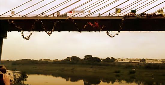 245 brasileiros pulam de ponte em busca de recorde mundial