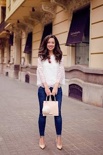 Cómo combinar un top de encaje blanco en tu look de primavera