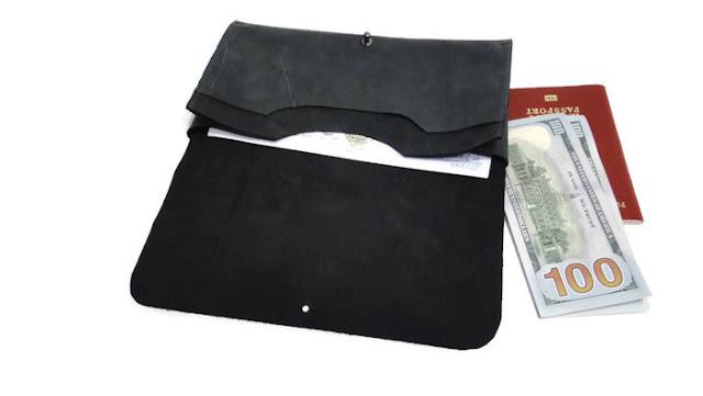Кожаный холдер для документов и билетов - подарок мужчине, подарок мужу