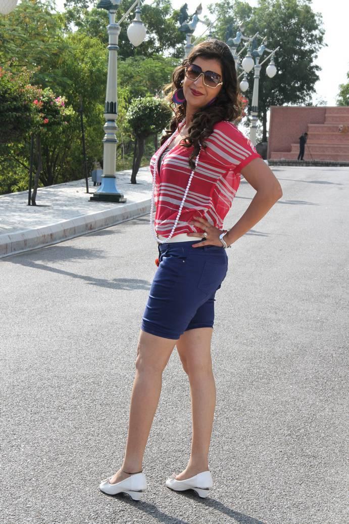 Bhojpuri Actress Khyati Sexy Wallpaper - Showbiz Staar-8036