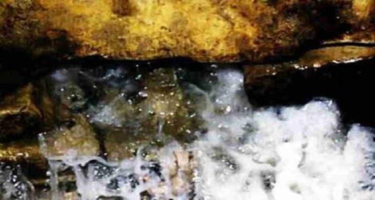 أخيراً تم اكتشاف السر وراء عدم انتهاء ماء زمزم