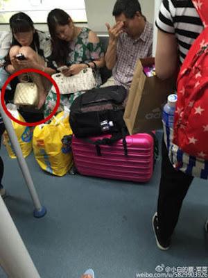 Perilaku aneh penumpang di China