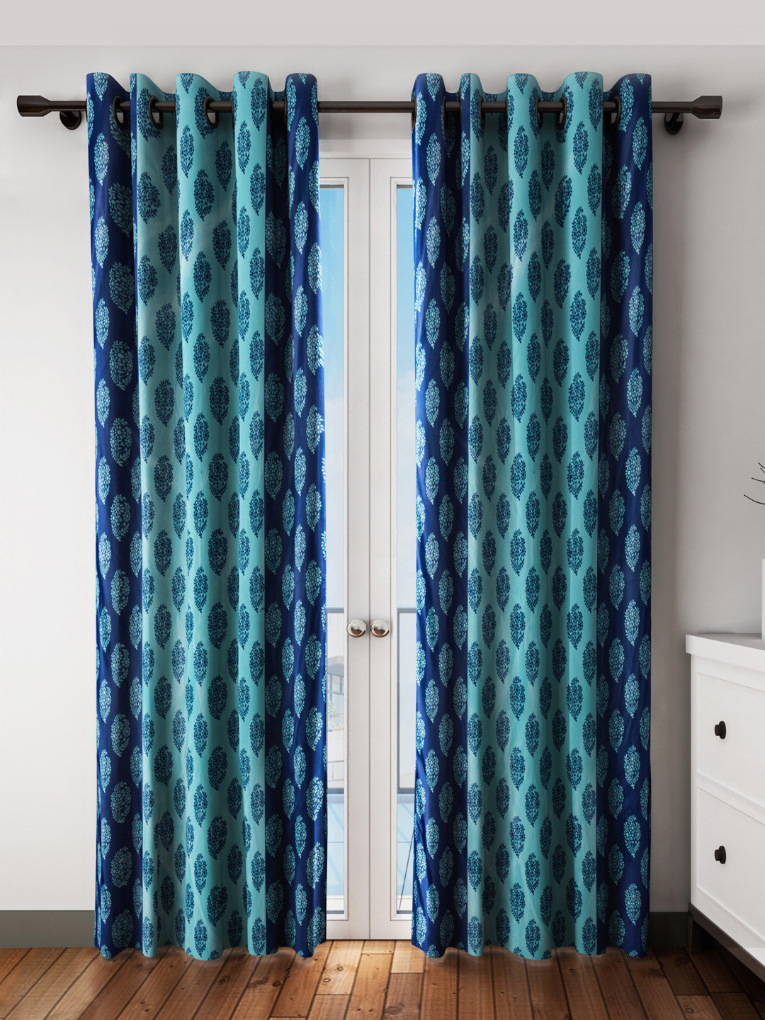 Curtains For Window Close To Wall On Door Seat Windows Ideas