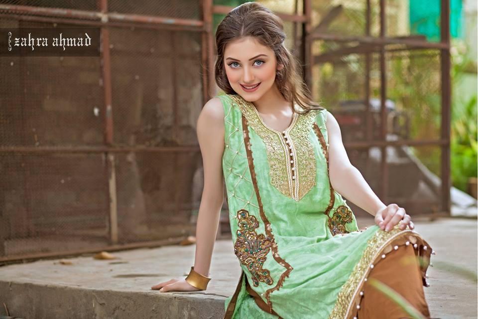 7d5a891394 Zahra Ahmad Selection 2016 Substance Winter Joyful Dresses   Breaking  Fashion News Fashion Hunt World Style .