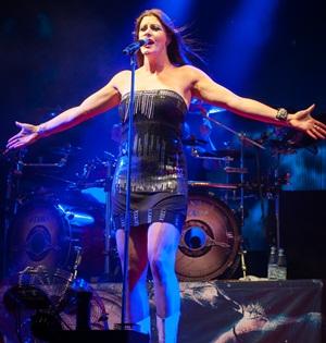 Biografi, Profil & Biodata Floor Jansen (Vokalis Nightwish)