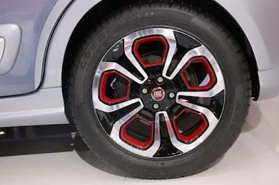 Upcoming 2016 Fiat Urban Cross rear wheel HD Wallpapers