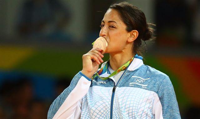 Rechnitz buys Israeli judoka's charity name patch