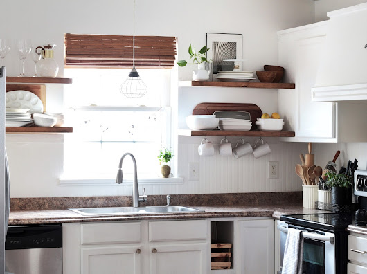 FEARFULLY & WONDERFULLY MADE: My Diy KItchen: How to Install Floating Shelves with Dakoda Love (and the kitchen finally got paint!)