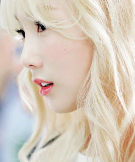 Lyric : Taeyeon - Love In Color