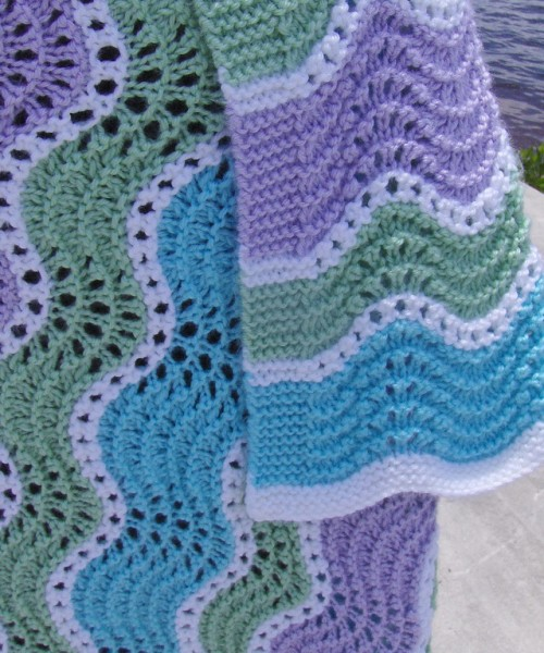 Springtime Wavy Blanket - Free Pattern