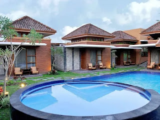 * sumber: www.wiztours.com  Rumput Hotel and Resort juga cocok kamu pilih sebagai tempat menghabiskan momen honeymoon-mu bersama pasangan. Hotel ini beralamatkan di Jl. Cemp. Baru No. 28, Gempol, Condongcatur, Kec. Depok, Kabupaten Sleman, Yogyakarta.