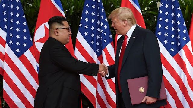 Việt Nam nên chon bên nào giữa Mỹ và Trung?