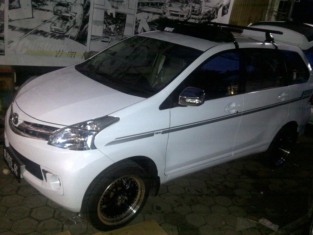 Grand New Avanza Veloz 1.5 Putih 1.3 M/t All Auto Lifestyle93
