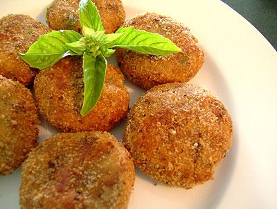Resep membuat perkedel kentang daging kelapa