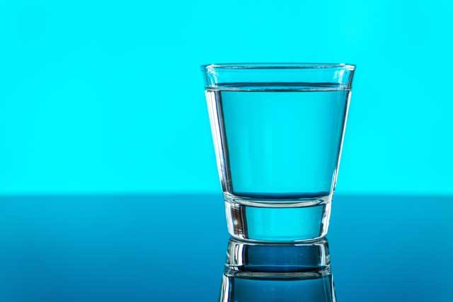 6 Tips Sederhana dan Ampuh Menurunkan Berat Badan dengan Air Putih