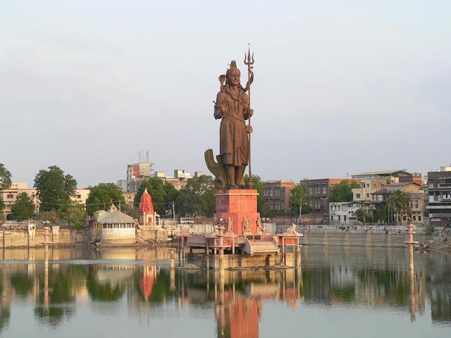 Sursagar in Baroda